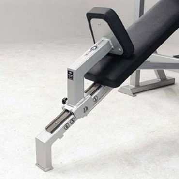 Leg press on fitness equipment